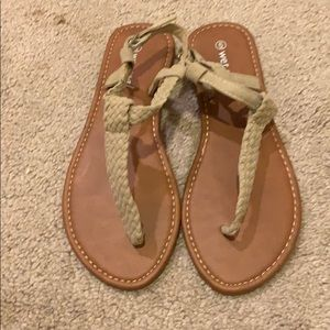 NWOT sandals
